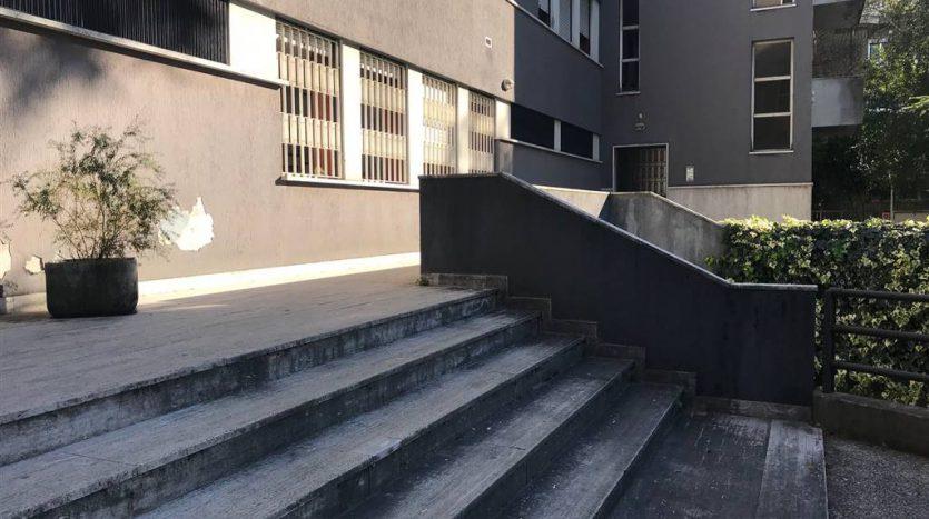 gradinata esterna appartamento a Mestre