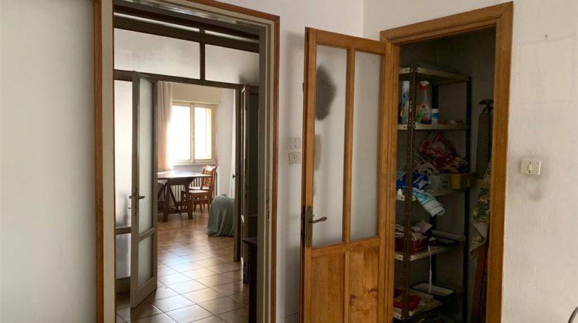 visione del soggiorno con arredo appartamento Mestre Centralissimo